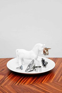 Unicorn Ring and Jewellery Dish - Urban Outfitters Decorative Accessories, Home Accessories, Urban Outfitters, Jewelry Dish, Jewellery, Single Bedroom, Home And Deco, Ring Dish, Decorative Cushions