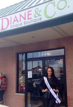 How to Obtain Pageant Sponsors | http://thepageantplanet.com/how-to-obtain-pageant-sponsors/