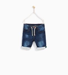 Discover the new ZARA collection online. The latest trends for Woman, Man, Kids and next season's ad campaigns. Boys Pants, Kids Shorts, Denim Shorts, Zara Boys, Baby Jeans, Raincoats For Women, Boys Shirts, Denim Fashion, T Shirts