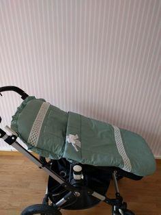 Erstmals in Österreich! Elegante Fußsäcke aus Pique für den Kinderwagen | Mi Patito Elegant, Baby Strollers, Gym Bag, Children, Bags, Pique, Kids Wagon, Classy, Baby Prams