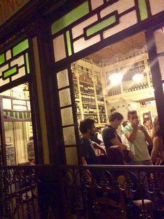 1am, Bar El Rinconcillo, Sevilla.