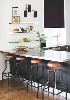 Jeremiah Brent makes black and white perfection in this kitchen!