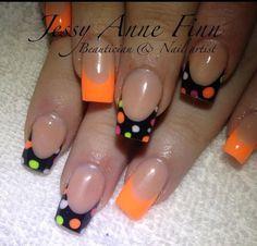 nailtypes nail types polka dots nailtypes n+ - Nageltypen Neon Nails, Love Nails, How To Do Nails, Pretty Nails, Dd Nails, Nails 2018, Halloween Nail Designs, Halloween Nail Art, Pretty Halloween