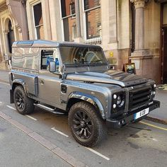 """55 Likes, 1 Comments - @landroverphotoalbum on Instagram: """"A #kahn 90 spotted by @wheelnotts #landrover #Defender90 #landroverdefender #landroverphotoalbum…"""""""