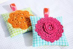 Ya se que hacer con las flores que crocheteo