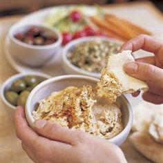 Spicy Hummus with Pita (Harissa Spice) Recipe Harissa Spice Recipe, Gourmet Recipes, Vegetarian Recipes, Spicy Hummus, Great Recipes, Favorite Recipes, Healthy School Snacks, Light Snacks, Appetizer Dips