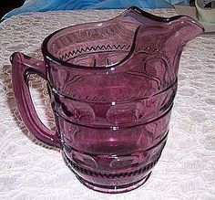 OMG this color is gorgeous! Clear Glass, Glass Art, Vaseline Glass, Antique Glassware, Pink Depression Glass, Glass Pitchers, Fenton Glass, Purple Glass, Vintage Dishes