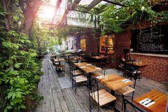 Top 10 Montreal Café-Libraries | MTL Blog