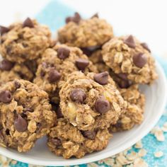 Banana Chocolate Chip Breakfast Cookies - soft, chewy cookies made with whole grains, flaxseed, and honey.