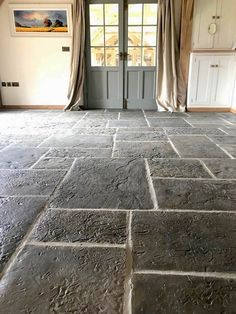 Authentic Lancashire Mill Flags create a traditional, lived in ambience for any indoor space. Here they are looking stunning in situ at one of customers stunning homes. Stone Tile Flooring, Natural Stone Flooring, Slate Flooring, Stone Tiles, Kitchen Flooring, Rustic Tile Flooring, Stone Kitchen Floor, Rustic Tiles, York Stone