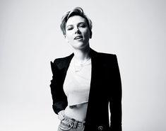 Scarlett Johansson Talks About the Challenges of Monogamy After Splitting With Romain Dauriac Scarlett And Jo, Black Widow Scarlett, Girl Celebrities, Celebs, Scarlett Johansson Photoshoot, Hollywood Walk Of Fame, Gal Gadot, Chris Hemsworth, Beautiful Actresses