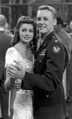 Esther Williams & Van Johnson. #SilverScreenSerendipity #Actors and #Actresses from the age of the Silver Screen.