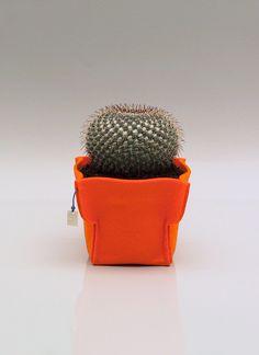 orange m  medium felt pot cover  color orange by FMLdesign on Etsy, €16.00