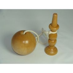 Bilboquet en bois naturel de 18 cm, artisanat Français Candle Holders, Candles, Toys, Wood Art, French Crafts, Wood Games, Natural Wood, Wooden Toys, Turning