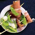 Recepten - Allerhande - Albert Heijn  Prikker met rauwe ham en mozzarella