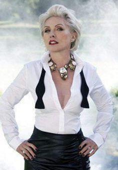 Blondie Debbie Harry, Blondie Albums, Blondie Heart Of Glass, Grey Blonde Hair, Alice Faye, Lita Ford, Women Of Rock, Pinup Girl Clothing, Badass Women