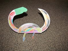 Paper plate dinosaur - a MUST DO each year in the Penguin class.