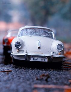 52 Ideas Toy Cars Photography Autos For 2019 Micro Photography, Miniature Photography, Fruit Photography, Landscape Photography, Smart Car Accessories, Car Cakes For Men, Miniature Cars, Yellow Car, Car Illustration