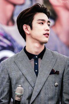 Image about kpop in (JR) Park Jin Young 💛 by GarcaXimenna Got7 Jinyoung, Youngjae, Bambam, Park Jinyoung, Kim Yugyeom, Btob, Got7 Junior, Girls Girls Girls, K Pop