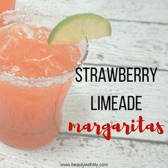 Quick & Easy Strawberry Limeade Margarita - Beauty With Lily Margarita Recipe For A Crowd, Pitcher Margarita Recipe, Limeade Margarita, Margarita Mix, Margarita Recipes, Watermelon Margarita, Strawberry Limeade, Homemade Margaritas, Cinco De Mayo