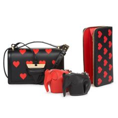 いいね!5,920件、コメント54件 ― LOEWEさん(@loewe)のInstagramアカウント: 「LOEWE x Tmall SPACE: Pop up shop. LOEWE Barcelona Heart bag. Exclusively available on Tmall's pop…」