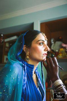 www.whiteroseproduction.com/blog #whiteroseproduction #WRP #weddingfilm #weddingphotography #weddingcinematography #brideinblue #makeupsession #beforethewedding