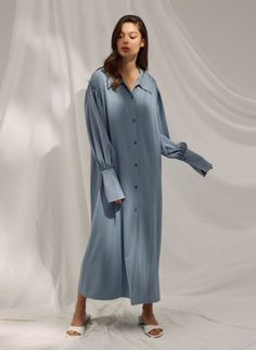 Grey Fashion, Fashion Outfits, Fashion Design, Modest Wedding Dresses With Sleeves, Cute Sweater Outfits, Kaftan Style, Autumn Winter Fashion, Lounge Wear, Shirt Dress