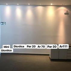 Dificuldade para entender os efeitos de cada tipo de lâmpada!!!???Segue dica nota 10 para não errar na iluminação!!!.....#LustresTiradentes #iluminacao #iluminacaodecorativa #luz #lampada #par20 #par30 #ar70 #ar111 #dicroica #londrina #londrinando #arquitetura #design #designinteriores #spotembutido Interior Design Tips, Interior And Exterior, Interior Decorating, Home Room Design, House Design, Architecture Details, Interior Architecture, Architectural Lighting Design, Luxury Rooms