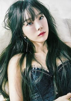Taeyeon (태연) is a South Korean soloist under SM Entertainment. Taeyeon is currently a member of Girls' Generation (SNSD). Girls Generation, Girls' Generation Taeyeon, Sooyoung, Yoona Snsd, Jessica Jung, K Pop, Bob Balayage, Korean Girl, Asian Girl