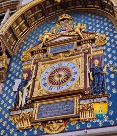 Tour de l'Horlorge , Conciergerie de Paris, restaurée en 2012