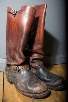 Tall Leather Boots, Tall Boots, Men's Boots, Engineer Boots, Mens Attire, Traditional Dresses, Riding Boots, Oxford, Footwear