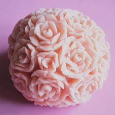 Molde em Esfera 3D de Rosas para Preparo de Sabonete, Velas