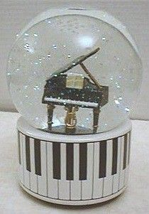 "Snowglobe Music Box with Piano - Plays ""Fur Elise"" Musical Snow Globes, I Love Snow, Water Globes, Music Decor, Piano Music, Snowball, Crystal Ball, Instruments, Miniatures"