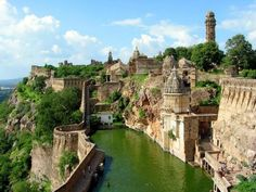 Chittorgarh Fort, India. #travel #india #fort