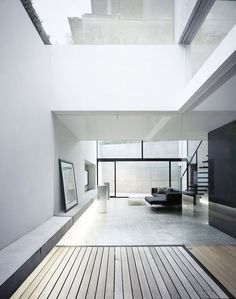 Vastness (minimalism minimalist modern white interior clear lines big window design simple mod) Source by cdangtran Patio Interior, Home Interior Design, Modern Interior, Interior Architecture, Interior And Exterior, Japanese Architecture, Modern Luxury, Room Interior, Interior Ideas