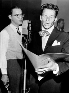 Frank Sinatra with Benny Goodmanat CBS for 'Frank Sinatra show,' c. Young Frank Sinatra, David Niven, Big Crush, Humphrey Bogart, Lauren Bacall, Dean Martin, Famous Singers, Jim Morrison, Interesting Faces