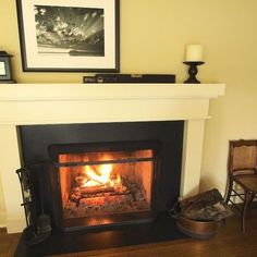 Traditional Fireplace Design, Pictures, Remodel, Decor and Ideas - page 62 Fireplace Mantle Designs, Traditional Living Room, Craftsman Fireplace, Fireplace Design, Fireplace Mantel Designs, Basement Decor, Fireplace Surrounds, Fireplace, Cozy Fireplace