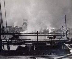 Na de eerste bommen van de Duitsers 14 mei 1940.