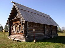 An izba at the Museum of Wooden Architecture and Peasant Life in Suzdal Russia. Wooden Architecture, Russian Architecture, Vernacular Architecture, Museum Architecture, Wooden Buildings, Real Estate Leads, Building A Shed, Wooden House, Shed Plans