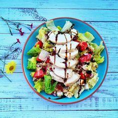 Görög bulgursaláta 2db Bulgur Salad, Okra, Cobb Salad, Paleo, Healthy Recipes, Chicken, Food, Diet, Gumbo