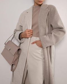 #coat #woolblendcoat #midicoat #vintage #winterstyle #classiccoat #outerwear #women'souterwear #casualouterwear #womenscoat #coatonthesmellcomplete #wintercoat #casualstyle #outfits #streetstyle #fashionstyle #designertrenchcoat #lichibrand #spring2021 Classic Chic, Work Wardrobe, Winter Style, Wool Blend, Designer, Style Me, Duster Coat, Winter Fashion, Two By Two