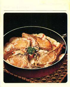 pork chops American Classics - Betty Crocker Recipe Card Library Betty Crocker Recipe Card Library, Betty Crocker Recipe Cards, Retro Recipes, Vintage Recipes, Ethnic Recipes, Pork Bacon, Roasted Turkey, Pork Chops, Paella