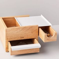 This modern jewelry box is equipped with drawers in various sizes so you can keep all your accessories organized and easily within reach. Woodworking Box, Woodworking Furniture, Woodworking Projects, Wood Projects, Woodworking Classes, Furniture Ads, Street Furniture, Baby Furniture, Furniture Companies