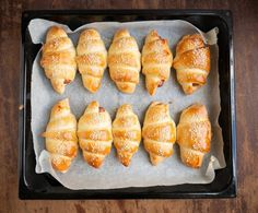 verdens bedste pølsehorn Food Inspiration, Amanda, Picnic, Favorite Recipes, Bread, Baking, Ethnic Recipes, Experiment, Lab