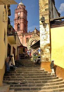 Tlalpujahua.- Iglesia de San Pedro y San Pablo