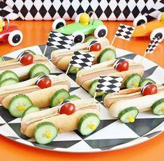 Children's birthday party to celebrate ideas about food (with fruit) games crafts cakes co Kindergeburtstag: Deko Rezepte Spielideen Einladungskarten Food Art For Kids, Cooking With Kids, Food For Children, Children Cooking, Cute Food, Good Food, Funny Food, Baby Food Recipes, Cooking Recipes
