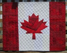 this is canada quilt pattern Patch Quilt, Quilt Blocks, Canadian Quilts, Canadian Flags, Quilts Canada, American Flag Quilt, Free Paper Piecing Patterns, Red And White Quilts, Patriotic Quilts
