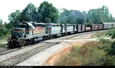 RailPictures.Net Photo: LN 8123 Louisville & Nashville EMD SD40-2 at Woodland, Georgia by Bernie Feltman
