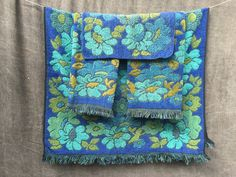 60's Cannon Royal Family Mid Century Mod flower power sculpted bath towels. royal blue, turquoise, olive green.