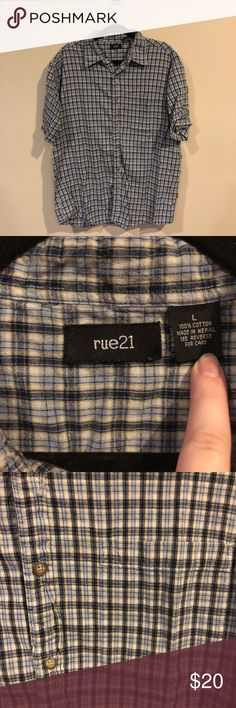 Rue21 Blue Plaid Men's Button Down Shirt Rue21 casual button down Blue plaid with cream and light yellow Short sleeves One chest pocket Material 100% Cotton Size Large Rue21 Shirts Casual Button Down Shirts